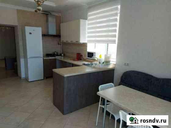 2-комнатная квартира, 65 м², 2/2 эт. Севастополь