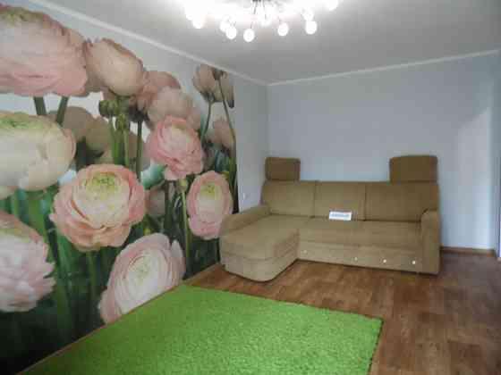 2-комнатная квартира, 69 м², 4/5 эт. Алушта
