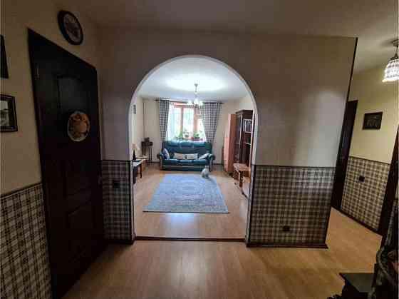 3-комнатная квартира, 72 м², 3/9 эт. Симферополь