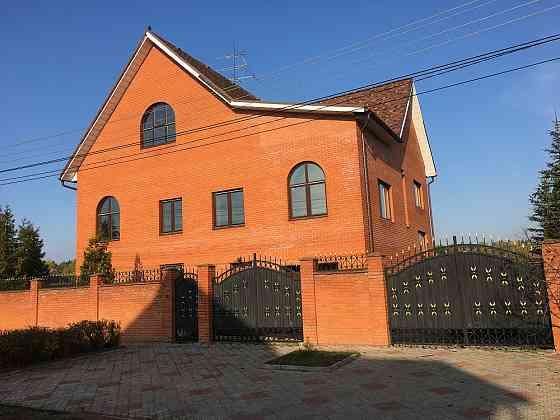 Дом 459 м² на участке 15 сот. Фряново