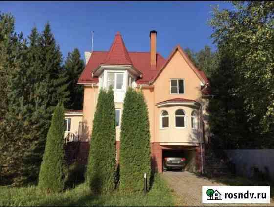 Дом 427 м² на участке 14 сот. Калининец