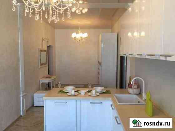 Комната 100 м² в 2-ком. кв., 12/17 эт. Владивосток