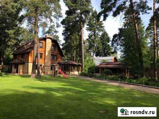 Дом 330 м² на участке 15 сот. Загорянский