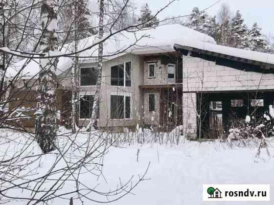 Дом 350 м² на участке 16 сот. Родники
