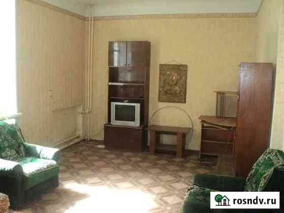 Комната 22 м² в 2-ком. кв., 1/3 эт. Псков