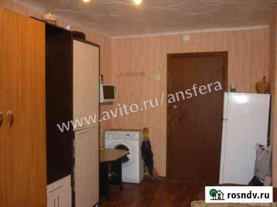 Комната 14 м² в 9-ком. кв., 5/9 эт. Саратов