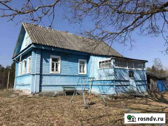 Дом 44.7 м² на участке 14.1 сот. Угловка
