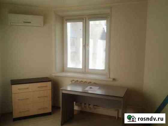 Комната 15 м² в 2-ком. кв., 5/5 эт. Саратов