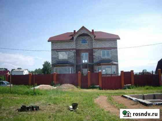 Дом 470 м² на участке 8 сот. Менделеево