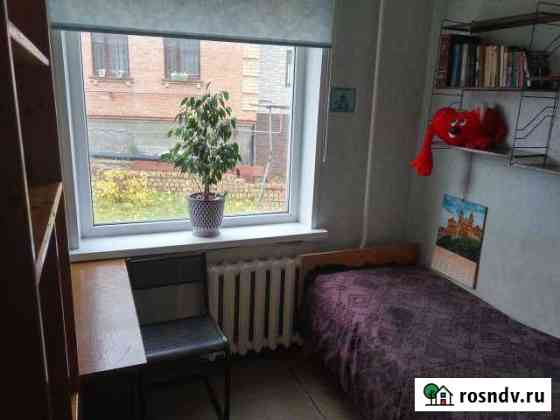 Комната 17 м² в 5-ком. кв., 2/2 эт. Ухта