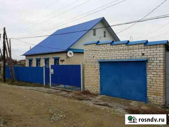 Дом 76 м² на участке 9 сот. Петров Вал