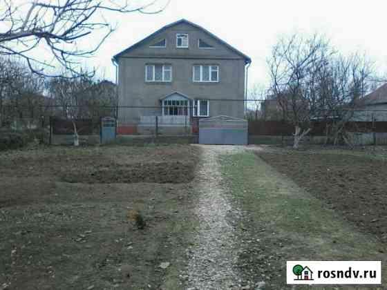 Дом 200 м² на участке 20 сот. Армянск