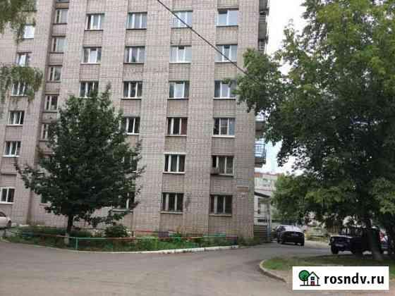 Комната 13 м² в 8-ком. кв., 2/9 эт. Ижевск