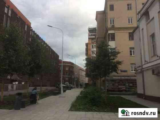 4-комнатная квартира, 80 м², 3/6 эт. Москва
