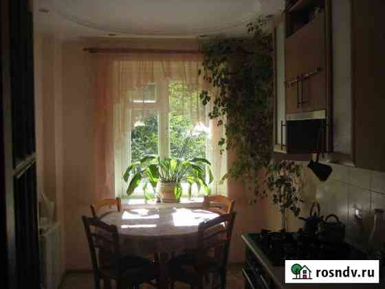 Комната 20 м² в 3-ком. кв., 2/6 эт. Киров