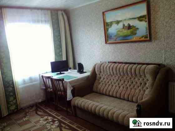 Комната 20 м² в 5-ком. кв., 2/2 эт. Псков