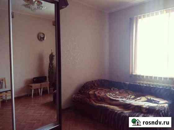 Комната 18 м² в 6-ком. кв., 2/2 эт. Севастополь