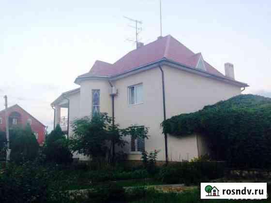 Дом 250 м² на участке 20 сот. Черноморский
